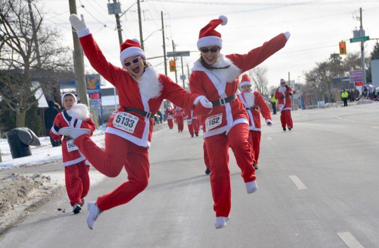 Santa runs to town at the Santa Pur-suit!